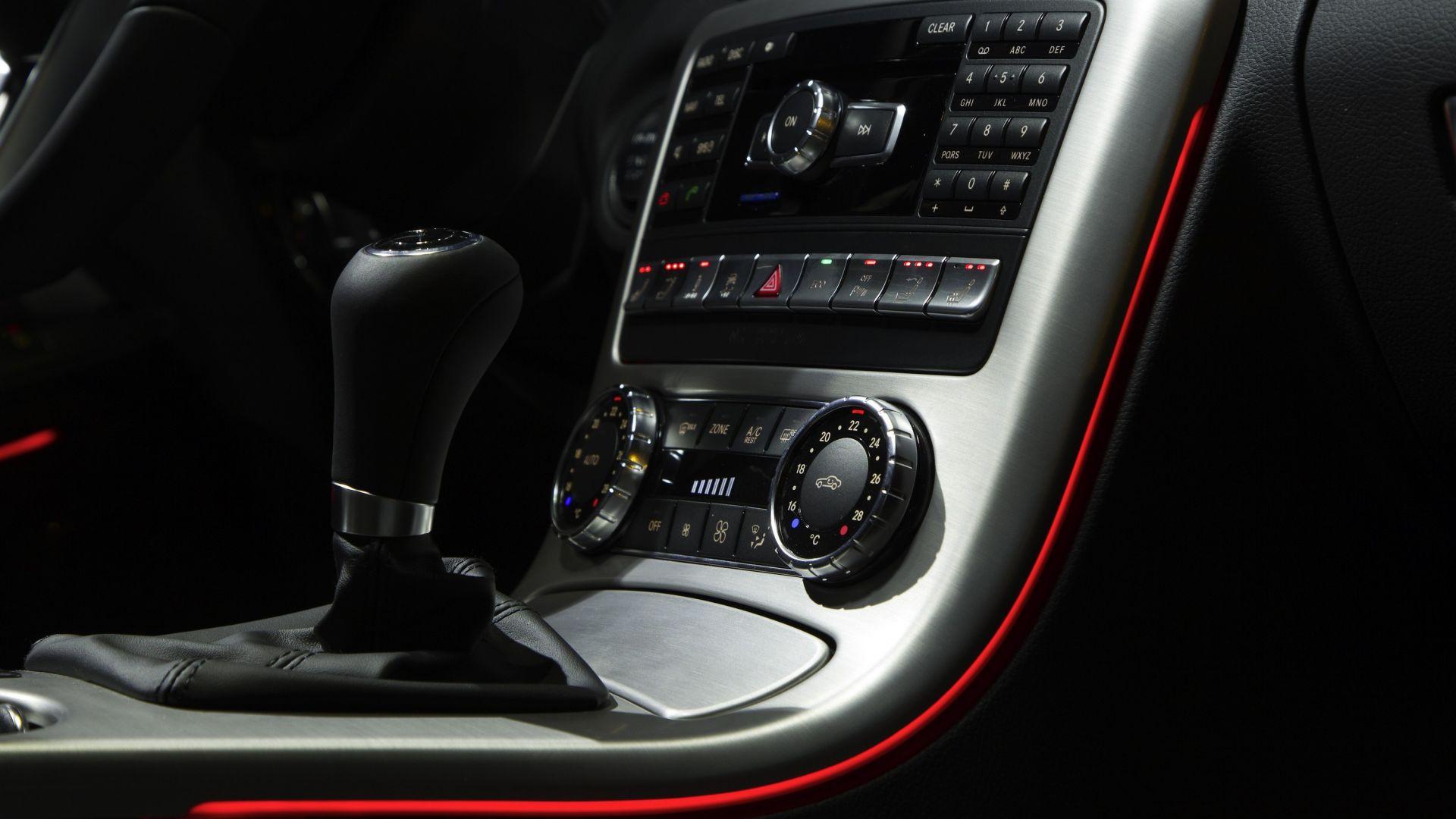 Immagine 33: Mercedes SLK 2011