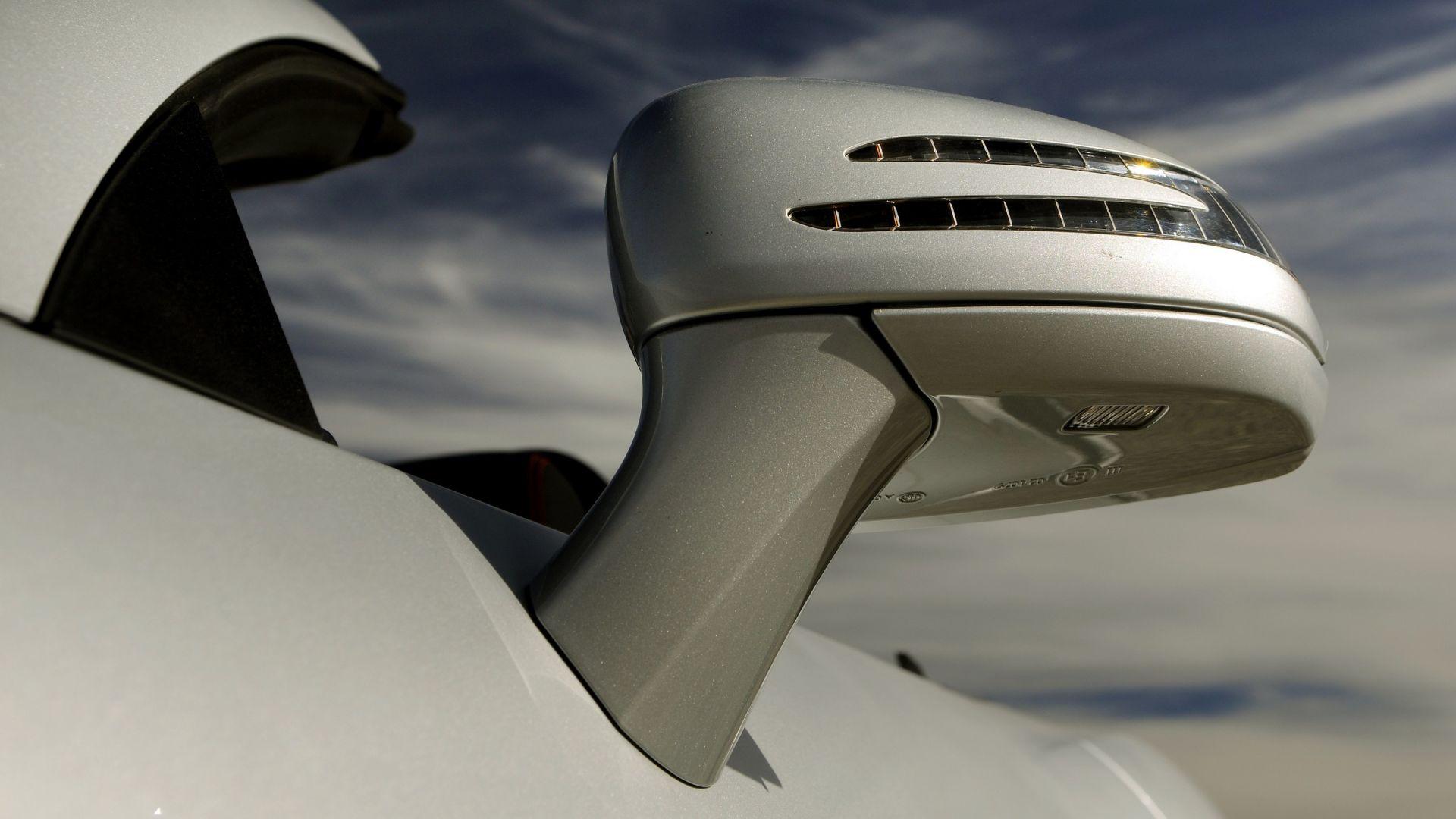 Immagine 47: Mercedes SLK 2011