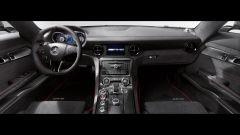 Mercedes SLS AMG Black Series 2014, c'è anche un video - Immagine: 14