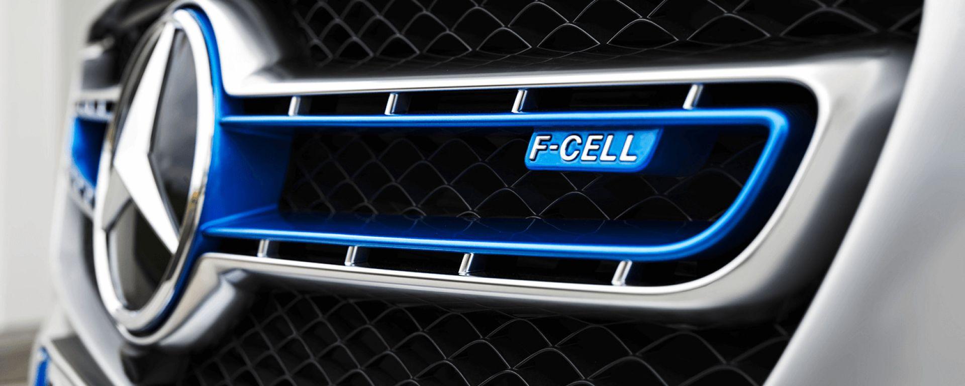 Mercedes, stop allo sviluppo dell'idrogeno per le automobili