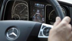 Mercedes Truck: passi avanti verso la sicurezza - Immagine: 20