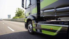 Mercedes Truck: passi avanti verso la sicurezza - Immagine: 15