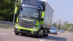 Mercedes Truck: passi avanti verso la sicurezza - Immagine: 3