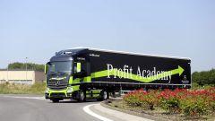 Mercedes Truck: passi avanti verso la sicurezza - Immagine: 4