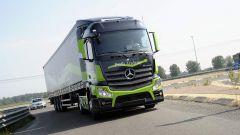 Mercedes Truck: passi avanti verso la sicurezza - Immagine: 6