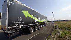 Mercedes Truck: passi avanti verso la sicurezza - Immagine: 9