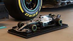 Mercedes W10 di Lewis Hamilton: modellino e auto vera