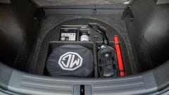MG ZS EV: il doppiofondo del bagagliaio