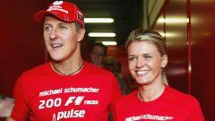 Schumacher: messaggio criptico dalla moglie Corinna