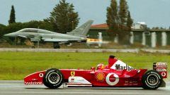 Michael Schumacher e la sfida con l'Eurofighter Typhoon (2003)