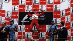 Michael Schumacher festeggia la sua ultima vittoria a Shanghai 2006