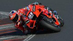 Weekend impegnativo per i piloti MotoGP, tra cross e pista
