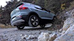 Michelin CrossClimate SUV: un momento del test con l'auto in twist