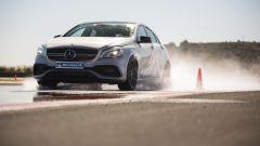 Michelin Pilot Sport 4S: nei test di frenata su bagnato con Mercedes A45 AMG