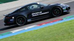 Michelin Pilot Sport Cup 2 Connect: la prova dello pneumatico sportivo, connesso e chiacchierone - Immagine: 23