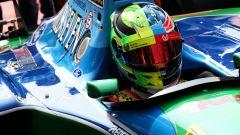Mick Schumacher sulla Benetton del padre