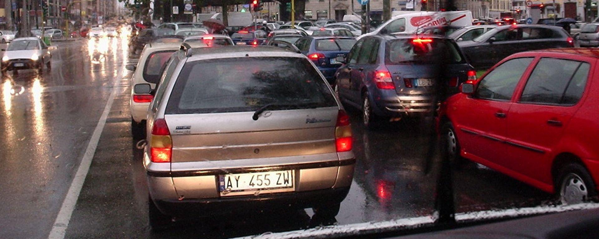 Milano traffico congestionato