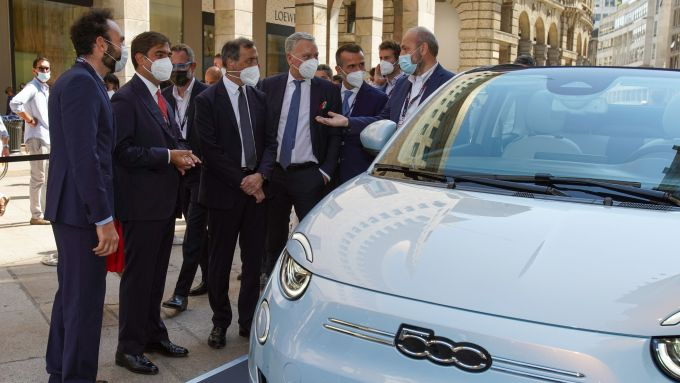 MIMO 2021: il sindaco di Milano nello stand Fiat