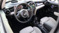 Mini 3 porte Cooper D: gli interni