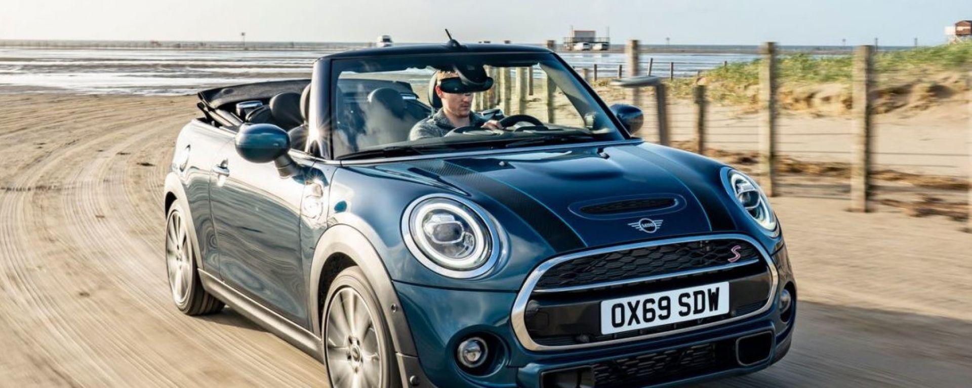 Mini Cabrio Sidewalk: un piacere viaggiare col vento fra i capelli
