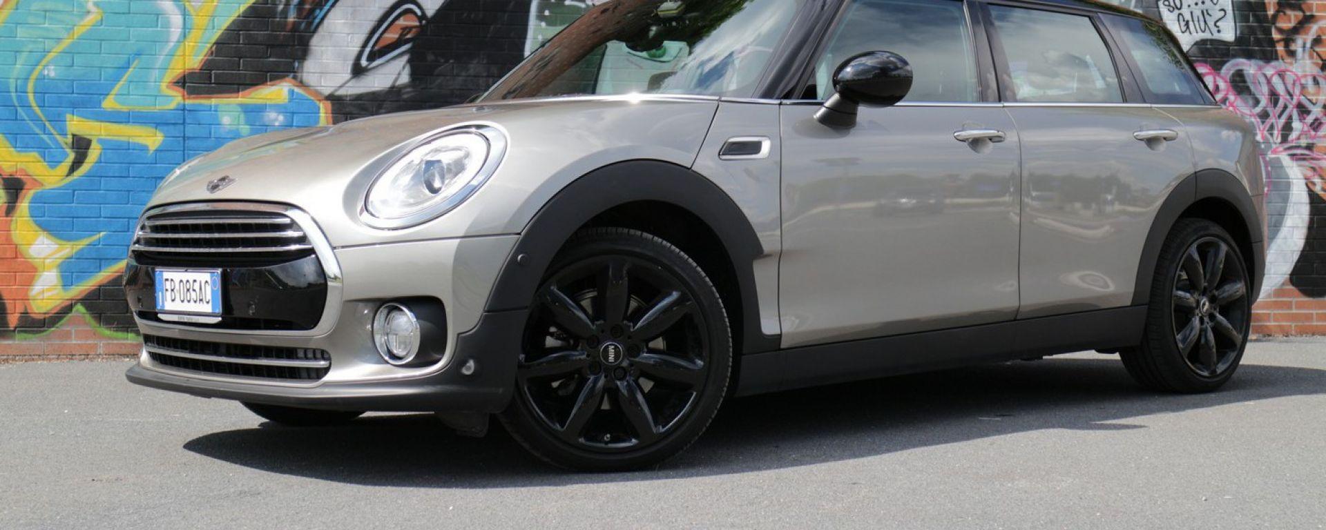 Mini Clubman Cooper D: vista 3/4 anteriore