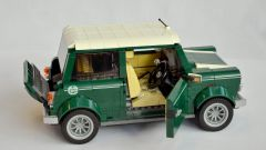 Mini Cooper by Lego Creator Expert - Immagine: 5