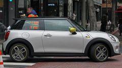 Mini Cooper E: la prima Mini 100% elettrica in strada a Los Angeles