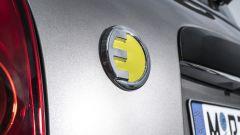 Mini Cooper S E Countryman ALL4: anche al posteriore è presente la E gialla