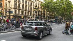 Mini Cooper S E Countryman ALL4: i dati ufficiali dicono che consuma 2,3 litri ogni 100 km nel ciclo misto