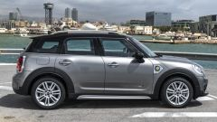 Mini Cooper S E Countryman ALL4: vista laterale