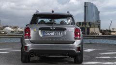 Mini Cooper S E Countryman ALL4: vista posteriore