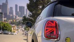 Mini Cooper SE 2020 dettaglio fanaleria