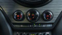 Mini Countryman SE All4 plug-in hybrid: i comandi clima