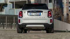 Mini Countryman SE All4 plug-in hybrid: vista posteriore