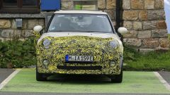 Mini Cooper SE, l'elettrica mostra i muscoli. E in un video... - Immagine: 15