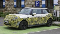 Mini Cooper SE, l'elettrica mostra i muscoli. E in un video... - Immagine: 19