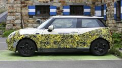 Mini Cooper SE, l'elettrica mostra i muscoli. E in un video... - Immagine: 22