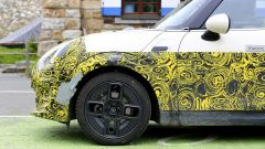 Mini Cooper SE, l'elettrica mostra i muscoli. E in un video... - Immagine: 23