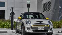 Mini Full Electric: in carica