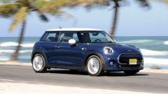MINI Hardtop e Cabriolet: c'è il cambio automatico a doppia frizione