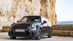Mini John Cooper Works 2022: 3 porte tutto pepe