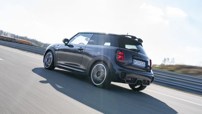 Mini John Cooper Works GP Pack: il 3/4 posteriore