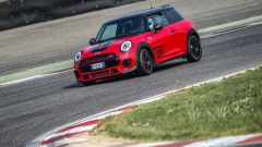 MINI John Cooper Works Petrolhead Edition è ordinabile nelle Concessionarie MINI al prezzo di 50.000 euro