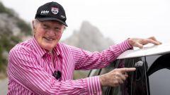 Mini Paddy Hopkirk Edition: il pilota nordirlandese con la nuova Mini a lui dedicata
