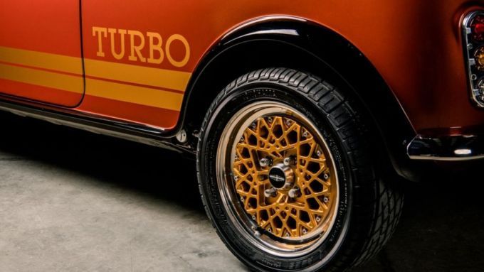 Mini Remastered by DB Automotive: la fiancata