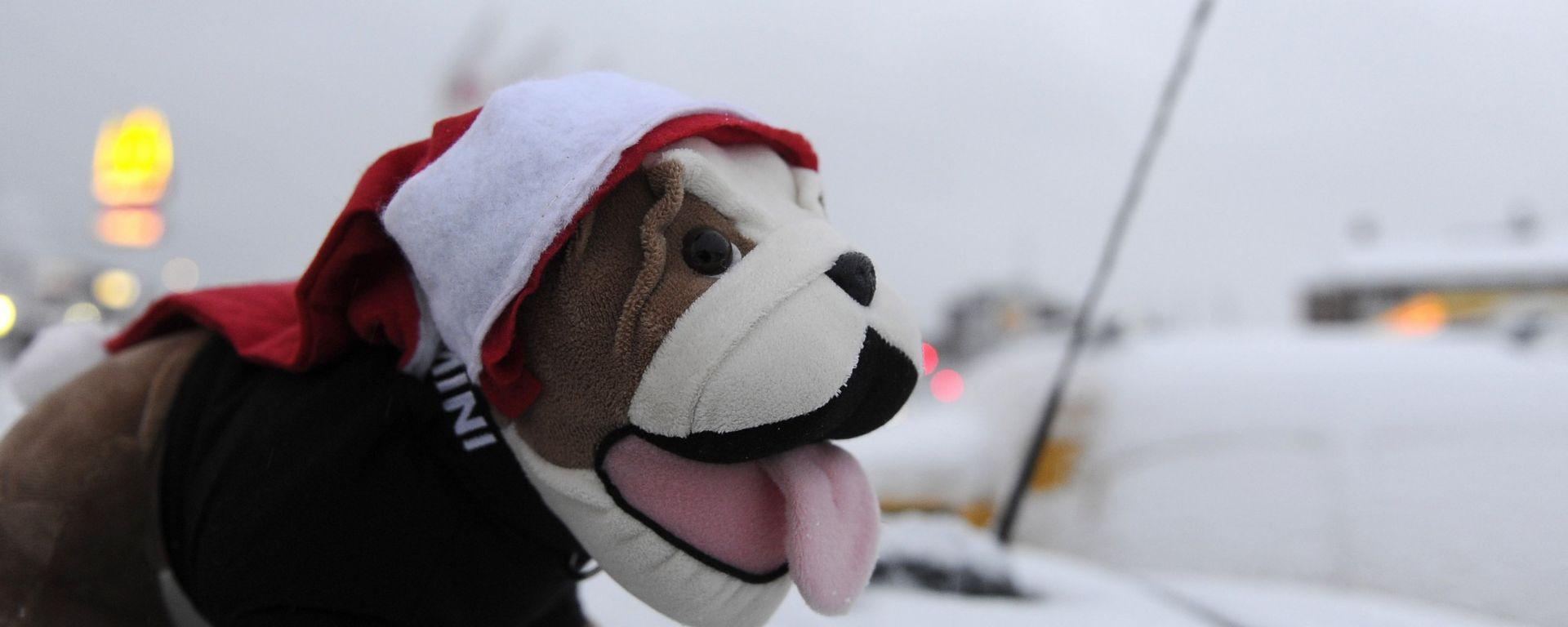 Mini va da Babbo Natale... a caccia di un record