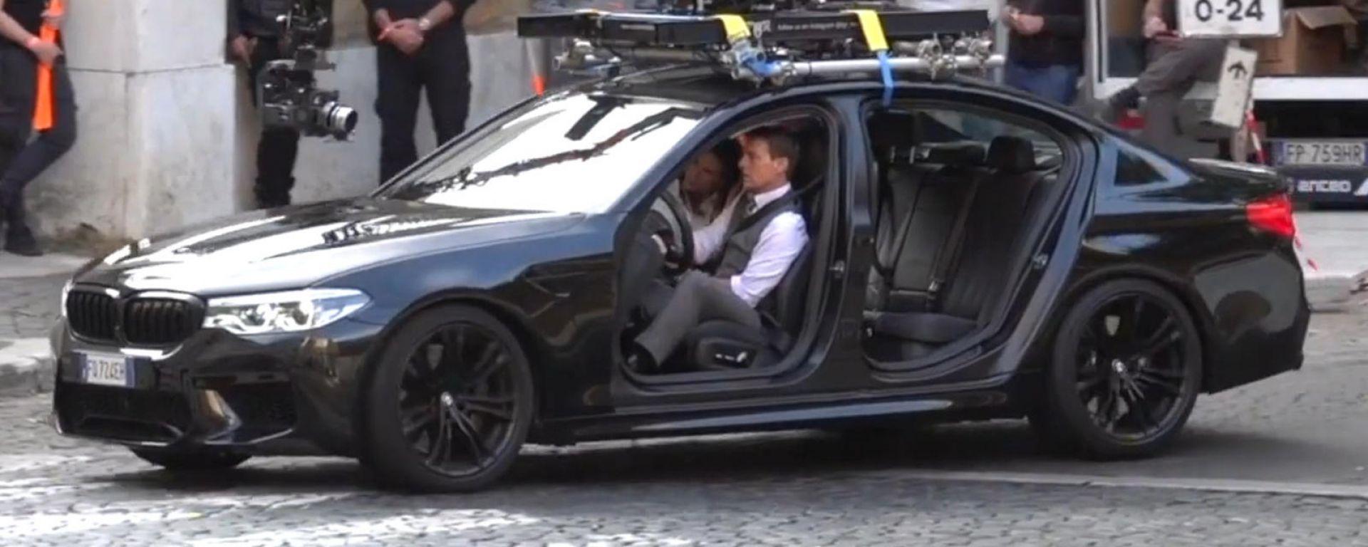 Mission Impossible 7: Tom Cruise e la BMW M5 a Roma