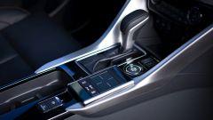 Mitsubishi Eclipse Cross 2018, cambio automatico CVT