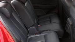 Mitsubishi Eclipse Cross 2018, schienali posteriori regolabili