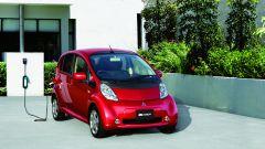 Mitsubishi i-MiEV: la city car a 0 emissioni compie 10 anni. Info